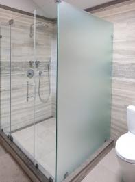 90-degree-shower-door-16
