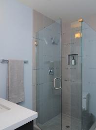 90-degree-shower-door-26