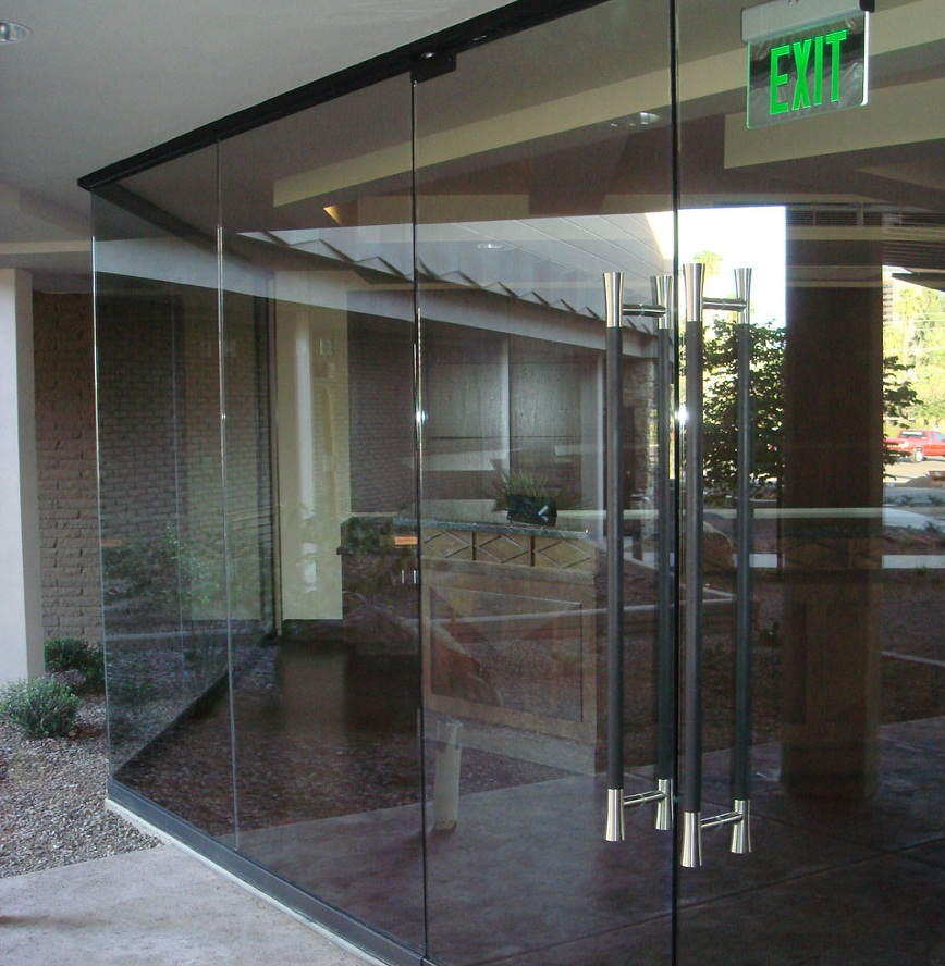 All glass entrances gallery modern glass designs for Modern glass designs