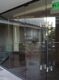 all-glass-entrances-1