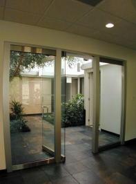 all-glass-entrances-16