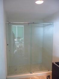 bypass_sliding_shower_doors12