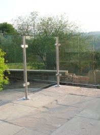 glass_railing_24